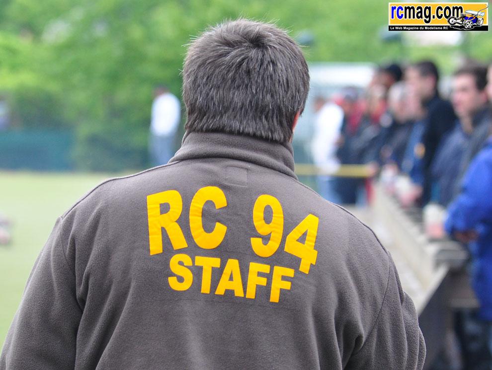 CBRacing à l'endurance TT 1/8 8 heures RC94 13/05 - Page 2 Diversstand59