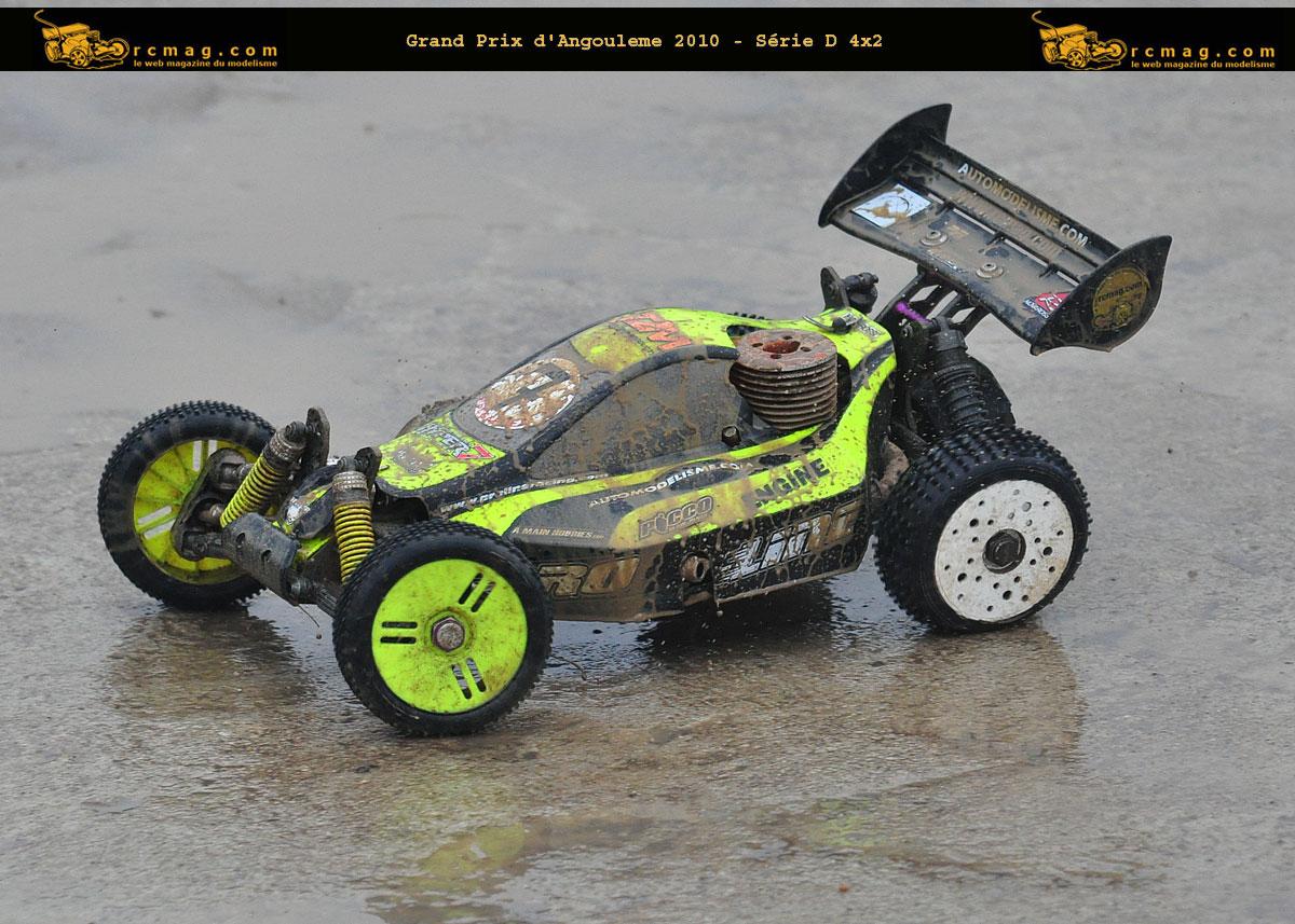 il est pas beau le truggy sous la boue !!!!! D73